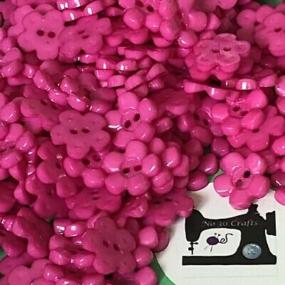£1 • Buy 20 X 15mm Pink Flower Shaped Buttons #1970
