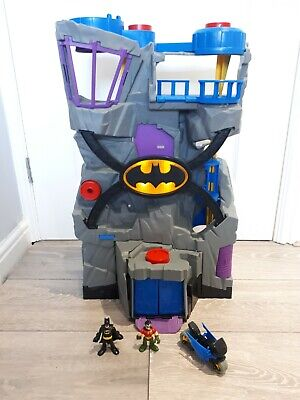 Imaginext Giant Batcave And Figures • 12.99£