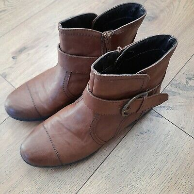 Pavers Ladies Ankle Boot Size 5.5 (38H) • 5£