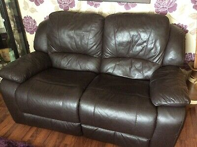 2 La-z-boy Manual 2 Seater Leather Recliner Sofa's In Brown. Amazing Condition. • 400£