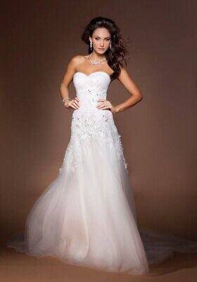 AU250 • Buy Wedding Dress Size 6