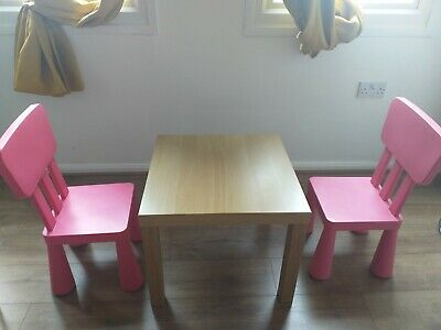 Children Table And Chairs • 15£