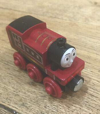 Thomas & Friends Small Wooden Toy Vehicle - Push Along - Rosie - Ages 2 Years + • 4.40£