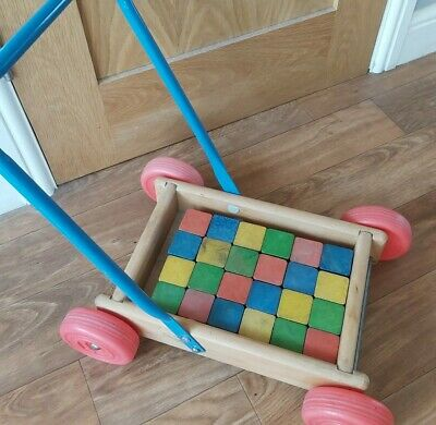 Baby Walker Wooden Push Along Toy 1970/80s Good Condition. • 5£