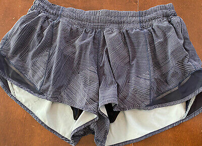 $ CDN52 • Buy Lululemon Hotty Hot Short II Size 12 Etch Hail Midnight Navy Midnight Navy 2.5in