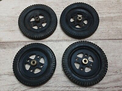 Meccano 4 X #142a 1950-54 Black Tyres On 2  Black Pulleys • 11.99£