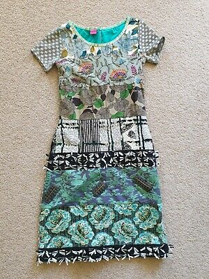 AU30 • Buy Save The Queen Ladies Dress BNWOT Lined Sz Small