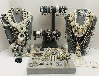 $ CDN53.94 • Buy Huge Vintage To Now Jewelry Lot - Estate Find - All Wearable Pieces - 4 Lbs +
