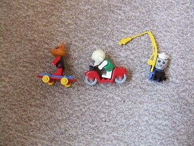3 X Lego Fabuland Characters With Skateboard, Motorbike And Fishing Line • 10£