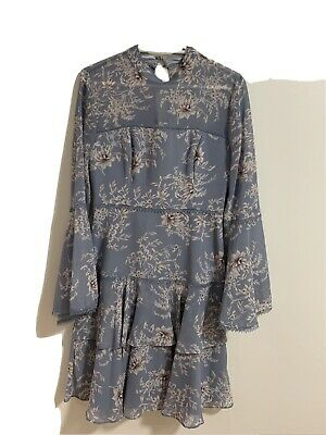 AU50 • Buy Forever New Archie Flare Sleeve Dress Size 6