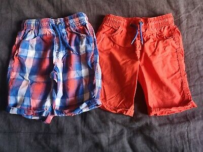 £3.50 • Buy 2 X BOYS SHORTS FROM TU.. AGE 4-5 YEARS.. RED/BLUE.. CHECK..