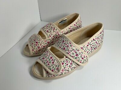 £25 • Buy Cosyfeet Millie Beige Floral Fabric Sandal Shoe Size 4