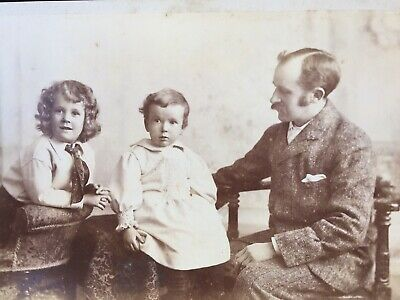 Cabinet Photo Father With His Cute Young Children By Heath & Bradnee Of Exeter • 1.50£