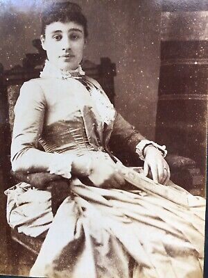 Cabinet Photo Pretty Young Woman By  M Michael Detroit Michigan Usa America  • 1.50£