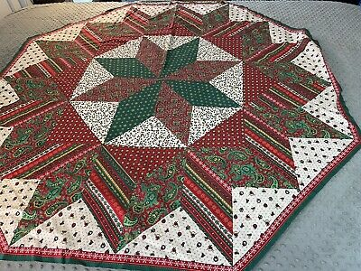 $ CDN23.04 • Buy Vintage Hexigon Tablecloth Topper Christmas Red Green Patchwork Print 56