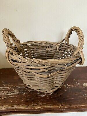 £15 • Buy Small Vintage Wicker Basket With Handles