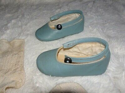 AU17 • Buy VINTAGE 30's -40's LEATHER BABY SHOES AND RAYON (SILK?) SOCKS-EXC!!