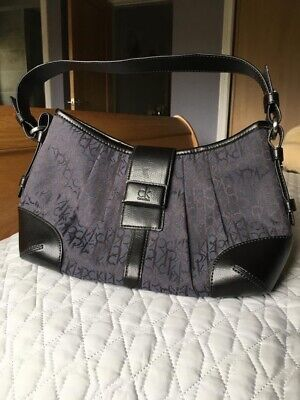 £5 • Buy Calvin Klein Navy Blue Handbag