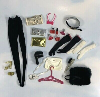 $ CDN9.10 • Buy Vintage Barbie Doll Accessories: Lot Of Cosmetics, Purses, Gloves, Pantyhose