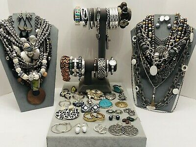 $ CDN10.01 • Buy Huge Vintage To Now Jewelry Lot - Estate Find - All Wearable Pieces - 3 Lbs +