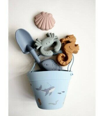 £24.99 • Buy Beach Set Bucket And Spade RRP£35 Summer Sea Creature Silicone New Like Liewood