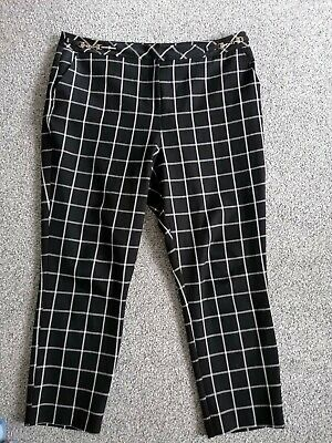 £1.99 • Buy Black With White Checked Trousers Size 18 Inside Leg 28  Gc