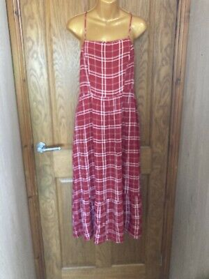 £3 • Buy Red & White Checked Summer Midi Dress New Look Size 10
