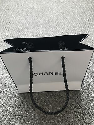 £2.80 • Buy Chanel Bag Perfect For A Gift