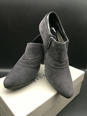 £25 • Buy Russell & Bromley Aquatalia Size 40 / 7  Grey Suede Excellent Condition Booties
