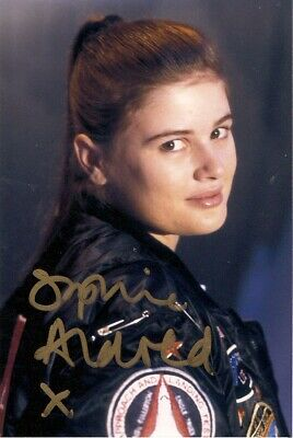 £0.49 • Buy SOPHIE ALDRED ACE DR WHO SIGNED AUTOGRAPH PRE PRINTED PHOTO POSTCARD 6 X 4 SIZE