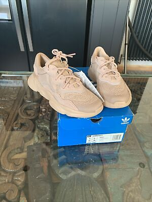 £25 • Buy Women's Adidas Ozweego Trainers (Ash Pearl) Size 2.5