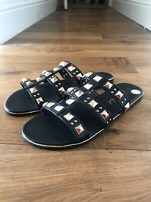 £6 • Buy New Look Sandals Size 8. Black. New With Tags