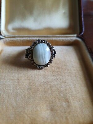 £7 • Buy Vintage Gold Tone Miracle Ring With Banded Agate