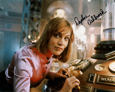 £0.49 • Buy DAPHNE ASHBROOK DR WHO GRACE SIGNED AUTOGRAPH 6 X 4 PRE PRINTED PHOTO THE MOVIE