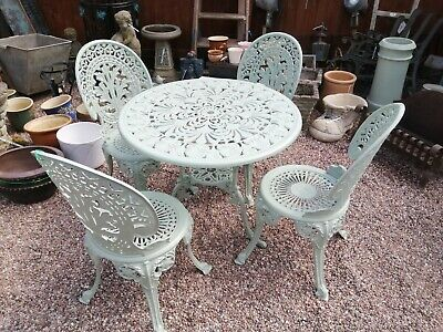 £325 • Buy Cast Aluminium Table And 4 Chairs. Baytree Green  Nice Condition
