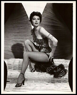 £436.31 • Buy Ava Gardner Barefoot Pin-Up Glamour Photograph The Killers 1946 ORIG PHOTO 493