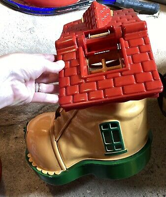 £12 • Buy Vintage Matchbox Play Shoe Boot - School House Only 1983 Retro Toy
