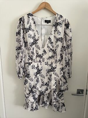 AU5 • Buy ASOS X IN THE STYLE Size 12 White/Navy Floral V Neck Flounce Dress NWT
