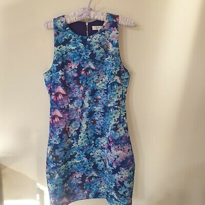 AU0.90 • Buy Forever New 10 Floral Dress - As New