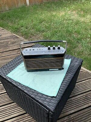 £5 • Buy Vintage 4-Band Radio For Spares Or Repairs