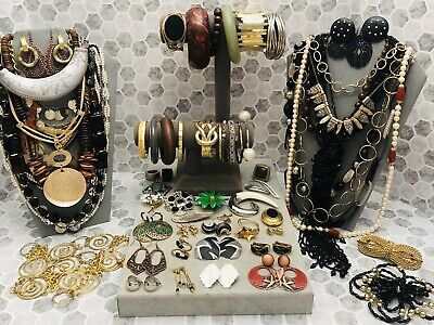 $ CDN9.44 • Buy Huge Vintage To Now Jewelry Lot - Estate Find - All Wearable Pieces - 5 Lbs +