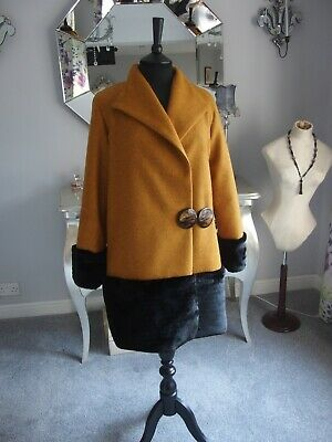 £98.95 • Buy Vintage 1920s Style Wool Coat With Fur Trims With A Original 1920s Buckle