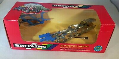 £19.50 • Buy Britains 9546 Set Of 2 Ploughs, Made In England 1995 Boxed - Excellent Condition