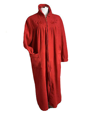 AU35 • Buy Lady Lyn Size 16 Red Fleecy Long Sleeved Zip Up Full Lgth Dressing Gown  Pockets