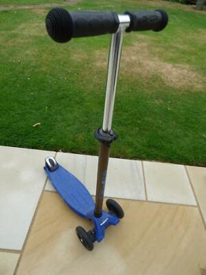 $31.97 • Buy Maxi Micro Kick Scooter In Blue & Grey, Good Condition. Will Post