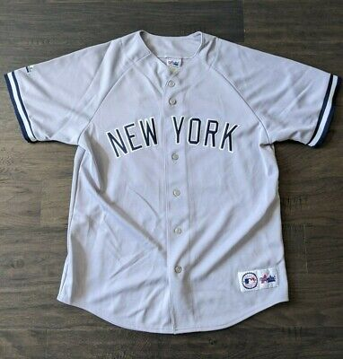 $34 • Buy New York Yankees Gray (Away) Jersey 22 Roger Clemens Majestic Size L