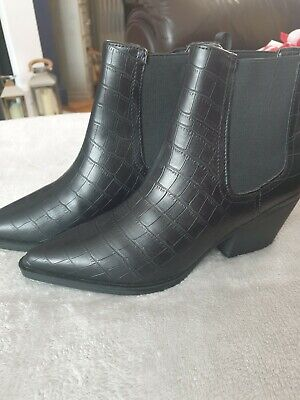 £4 • Buy New Look Croc Print Ankle Boots Size 4 Brand New