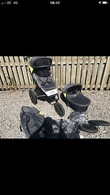 £450 • Buy Mountain Buggy Terrain Pushchair With Carrycot And Raincovers- Solus - FREE POST