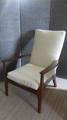 £10 • Buy Parker Knoll Style Chair