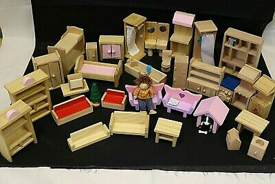£7.99 • Buy WOODEN DOLLS HOUSE FURNITURE Mixed Bedroom Bathroom Lounge Light Wood / Pink #F2